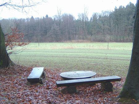 rundwanderwege wandern osnabrück hund bissendorfer burgenweg schledehausen oberheide großsteingrab deitinghausen rastplatz osnabrücker land