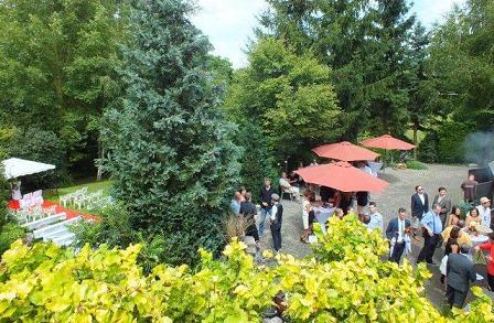 Blick über den Künstlerhof-Garten