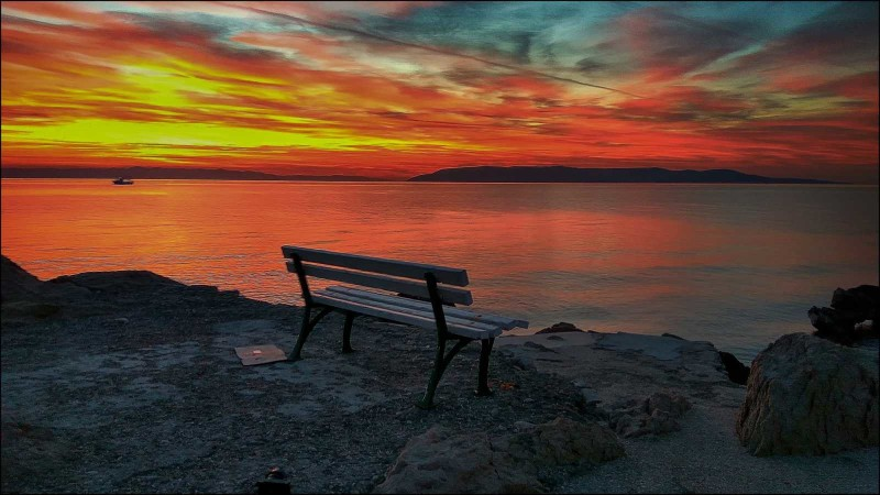 Beautiful sunset on a bench