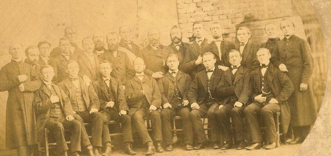 Bislicher Kirchenchor im Jahr 1859 - links Pfarrer Franz Cramer
