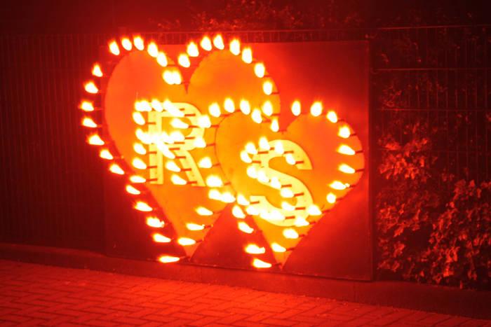 Lichterbilder zum selber zünden. Das besondere Highlight bei Hochzeits- und Geburtstagsfeiern.