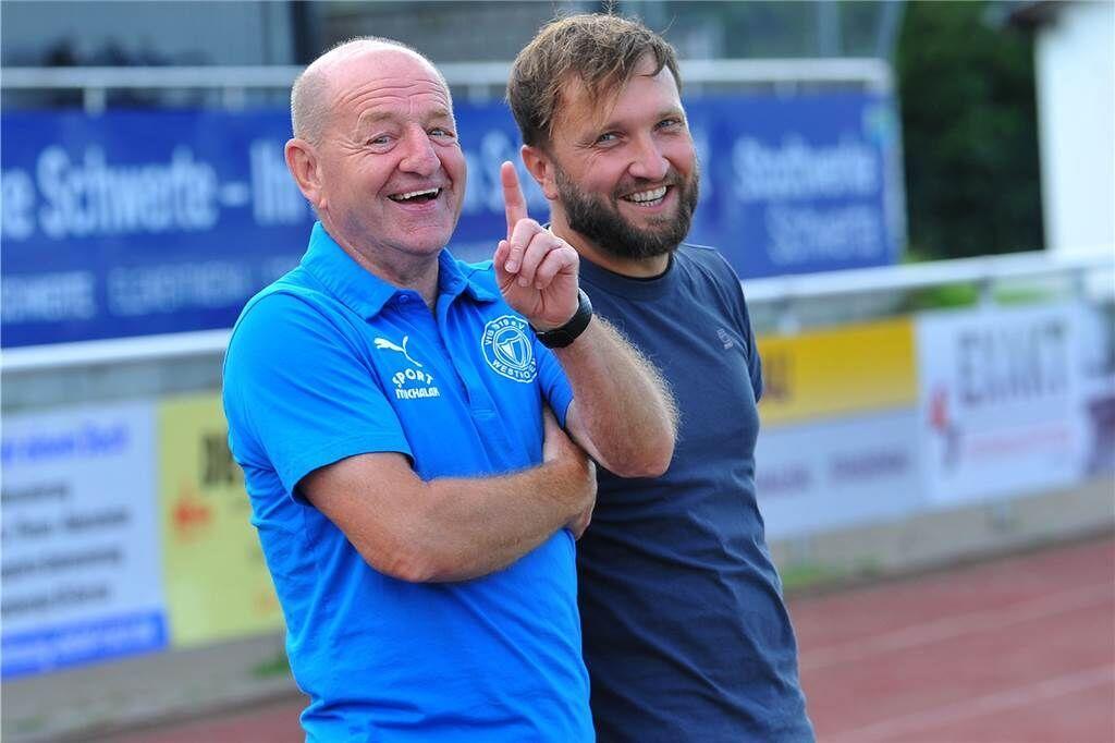 Das Trainergespann des VfB Westhofen: Lothar Huber (li.) und Christoph Pajdzik.