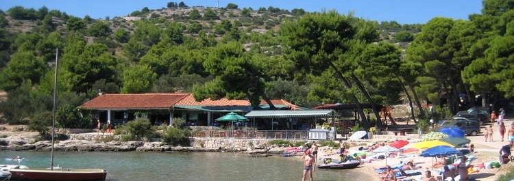 CIGRADA BUCHT Badestrände ferienhäuser ferienwohnungen urlaub insel murter dalmatien kroatien