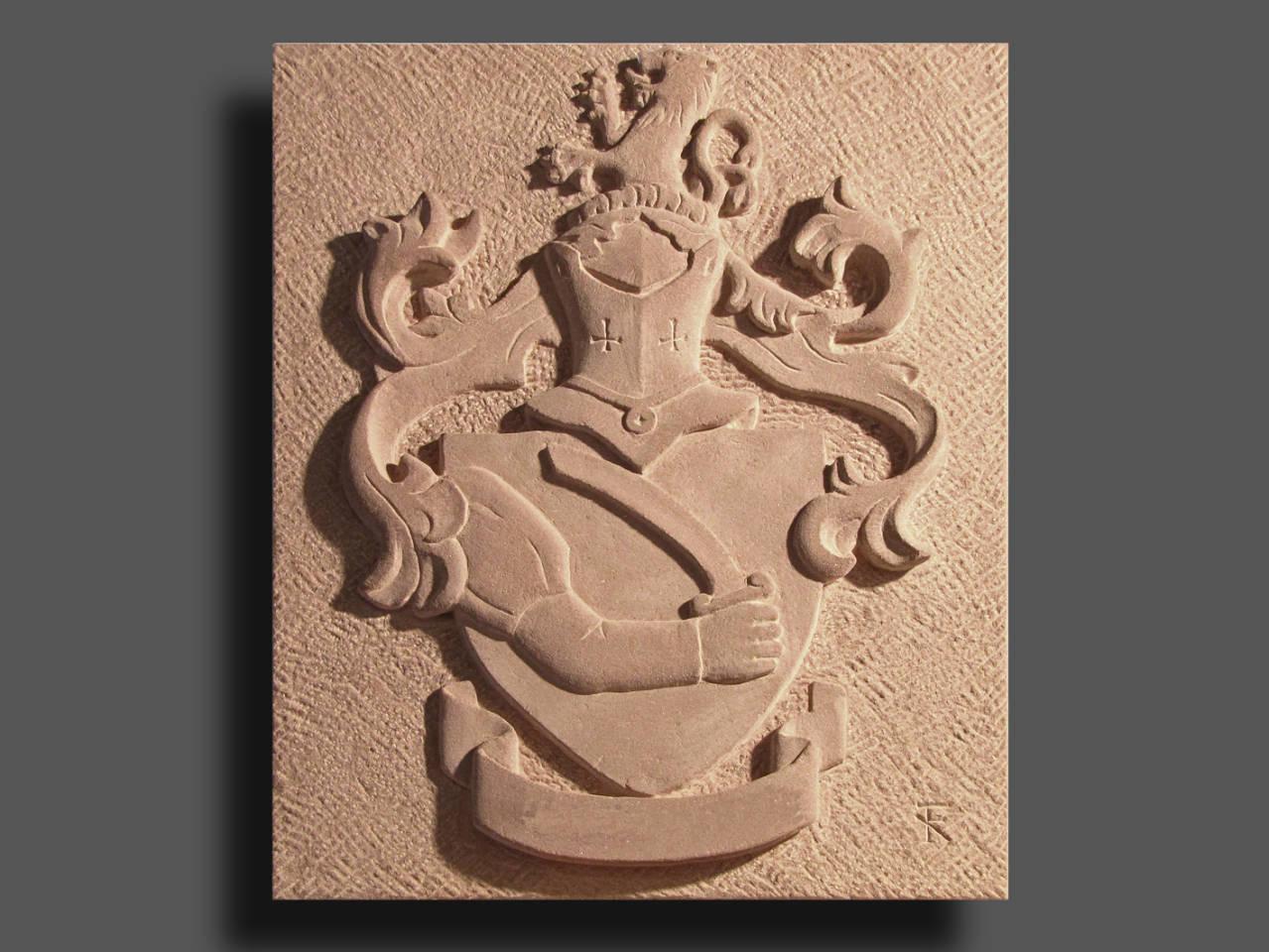 Wappen mit Schwertarm, Dietenhaner Mainsandstein
