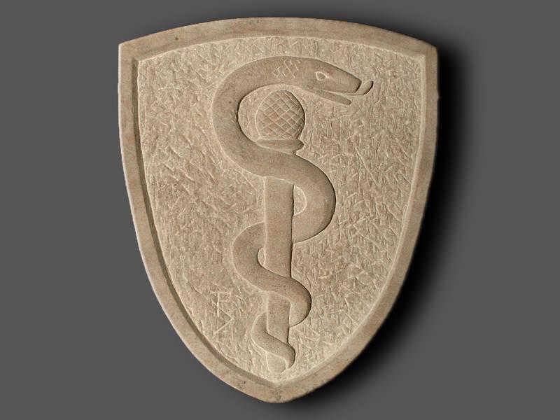 Zunftzeichen der Mediziner, Aeskulapstab, Sandstein