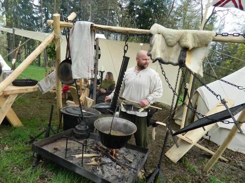 Sippe vom Weißen Fels e.V. | Kochen im Lager | Pinterest | Street ...