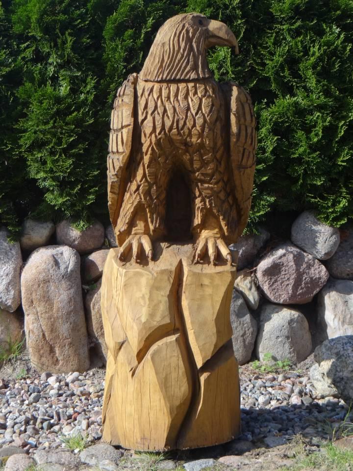 Adler aus Eiche