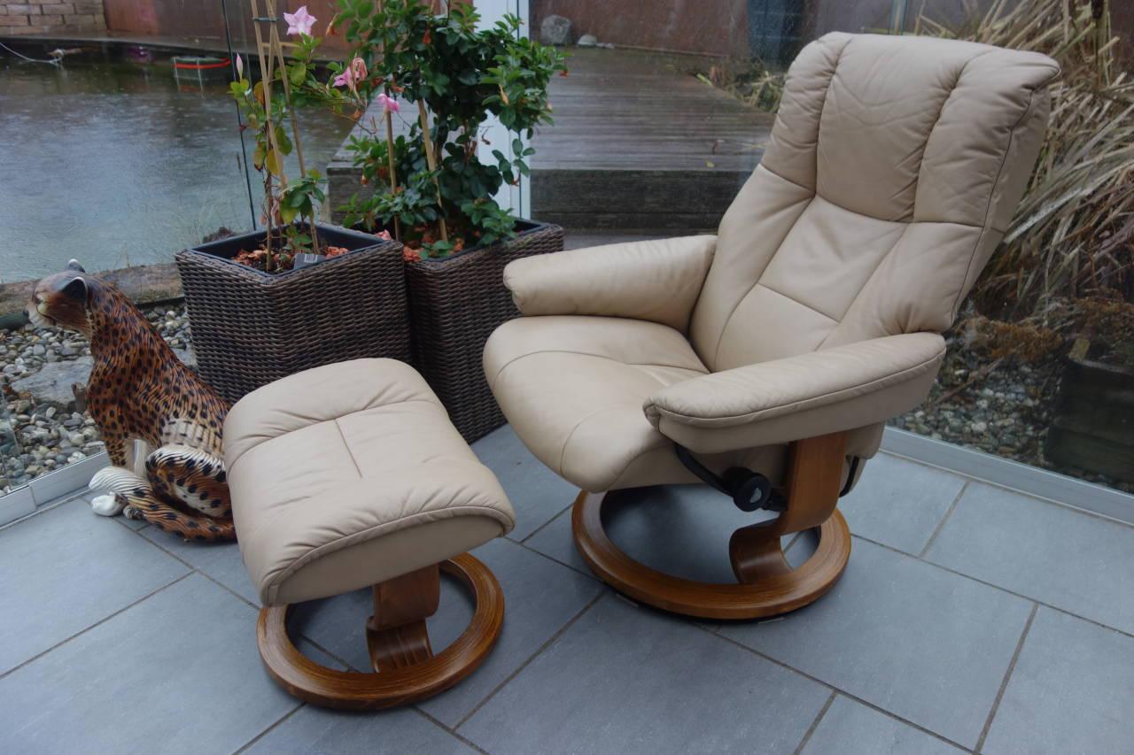 stressless sessel mayfair m mit hocker gebraucht. Black Bedroom Furniture Sets. Home Design Ideas